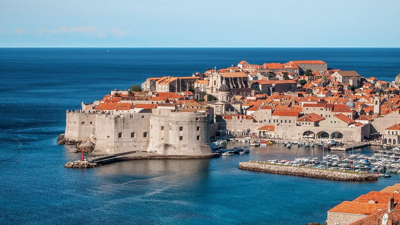 Dalmacja po polsku - poradnik gdzie do Chorwacji udać się na tanie wakacje