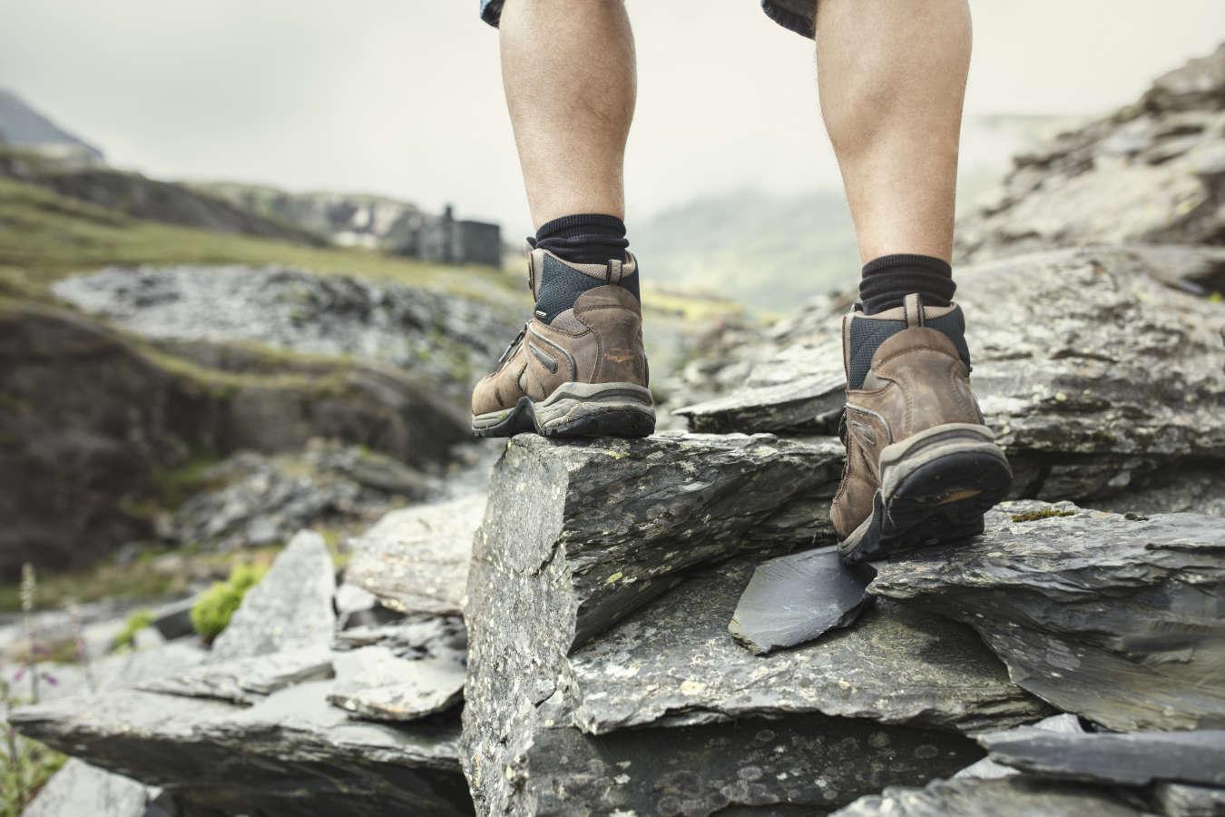 Buty górskie czy miejskie – które wybrać i jakie są różnice?